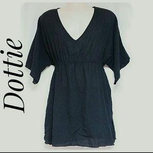 Dottie Black Gauze V-Neck Tunic Top Size Large